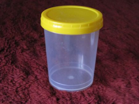 Буркани винтови пластмасови за 0.500 кг. мед ( 370 mll )